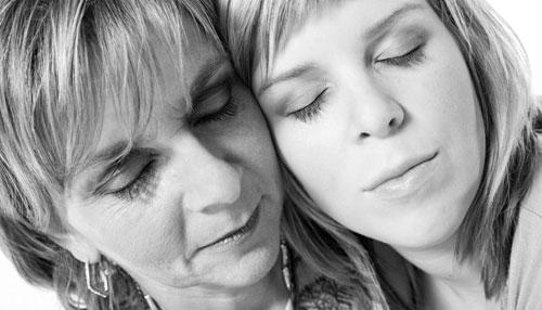 Сложные отношения: мать и дочь