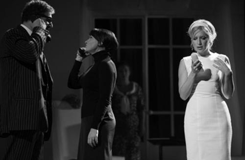 «Чуть-чуть о женщине» на сцене «Другого театра»