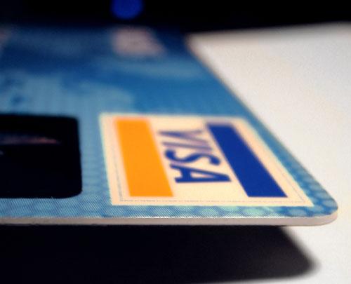 Кредитки вытесняют кредиты